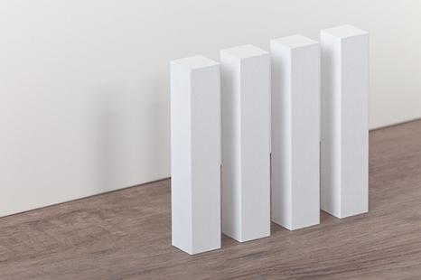 Holztürme für perfekte Ecken mit Sockelleisten