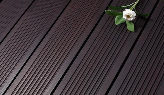 Korkboden mit Blume